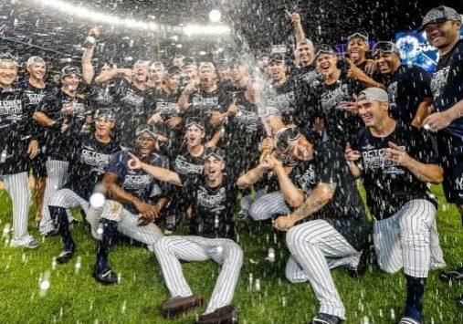 Yankees Win Division 2019